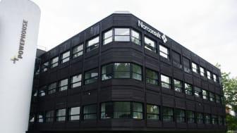 De første rehabiliterte kontorbyggene Powerhouse Kjørbo i Sandvika ble oppført i 2012 og viser at det går an å rehabilitere til plusshusstandard. Foto: Andrea Nøttveit