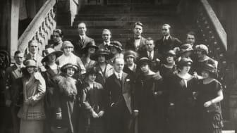Jean Börlin i mitten