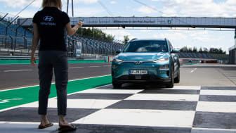 Hyundai Kona Elektro rekordversuch 2020-161.jpg