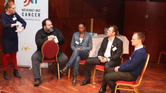 """Världscancerdagen 2011: Panelsamtal """"Sociala media - patientens röst"""""""