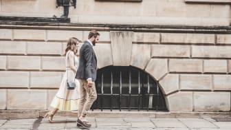 Två av tre unga svenskar, 61 procent, vill bo större än vad de gör idag. Av dem uppger 36 procent att för höga månadskostnader hindrar dem från att flytta – en ökning från 30 procent 2018.