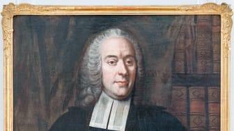 Biskop Samuel Troilius avmålad 1752 av Lorens Pasch d.ä. och avfotograferad i sin grav 1958 (Västerås länsmuseum).