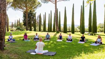 Vin och yoga i kombination – efter vinyogan, nu kommer vingårdsyogan