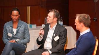 """Världscancerdagen 2011 - Panelsamtal: """"Sociala media – patientens röst"""""""