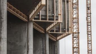 Upcyclede vinduer får nyt liv i Upcycle Studios i Ørestad Syd