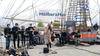 Stadsbesök Nyköping 2016. Musikskolan uppträder på kajen. Fotograf: Christina Thimrén Andrews