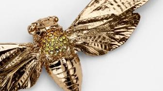 Naturinspirerad smyckeskonst visas på Svenskt Tenn