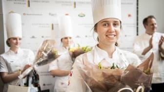 Linnea Sandgren vinnare i Gastronomi Sverige Commis Award 2021. Foto: Viktor Fremling
