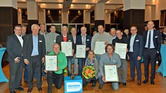 Die Sieger des 43. Barmenia Fairplay Pokals während der Verleihung in den Hauptverwaltungen der Barmenia. (v.l.)