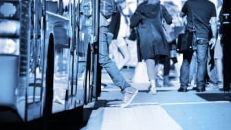 Bus & Mennesker