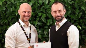 Tom Gibel, HR-direktör och Robert Zander, VD DHL Freight Sverige