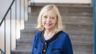 Karin Helander, professor i teatervetenskap vid Stockholms universitet, tillträder som Kungl. Vitterhetsakademiens nya ständige sekreterare.