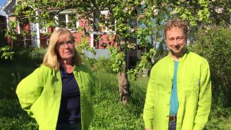 Trädgårdsrådgivarna Lise-Lotte Björkman och Henrik Bodin bjuder upp till samtal och rådgivning digitalt.