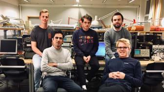 På bilden är teamet Deepest, från vänster på bakre raden: Isac Kärrman, Johan Rådemar & Karl Bäckström. Främre raden från vänster: Ebrahim Balouji & Erik Berggren