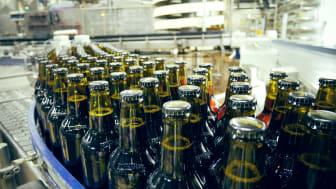 Kopparbergs Bryggeri tillverkar öl och cider och ersatte under 2016 olja med träpellets för att producera ånga till processen vid bryggeriet i Kopparberg.
