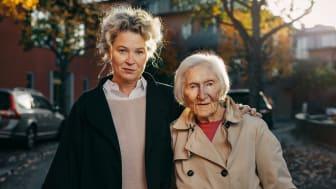 Stina Wirsén och Hédi Fried. Foto: Viktor Gårdsäter/Natur & Kultur