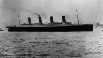 Titanic_auf_See