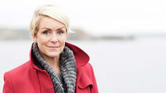 """""""Det är dags att vi tar humor på allvar!"""" Komikern Karin Adelsköld inviger KOMMEK."""