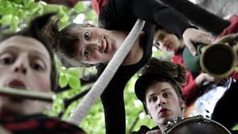 Upplev trädkronorna med Cirkus Rabalder