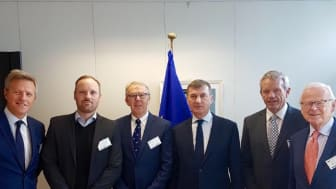 Pictured from left: Jean-Charles de Cordes (Head of Brussels Office Anzyz), Professor Ole-Christoffer Granmo (CTO), Per Morten Hoff (Chairman of Anzyz Board), Andrus Ansip (Commission Vice-President for the Digital Single Market), Svein Olaf Olsen (C