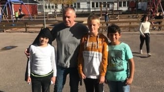 John Heyne, skolkurator på Thoren Framtid Kalmar, har med sin erfarenhet som socialabetare hittat en framgångsmodell för samverkan mellan skolan och föräldrarna.