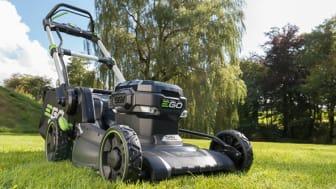 Nya batterigräsklippare - din grannes bäste vän