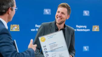 Hat einen alten Bungalow in ein Smart Home verwandelt: Korbinian Nachtmüller erhielt den Bürgerenergiepreis 2020. An wen geht der Preis im kommenden Jahr?