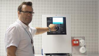 Fire Expert forenkler feilsøking og viser eventuelle feil i anleggene, sier produktsjef Trond Rossing i Schneider