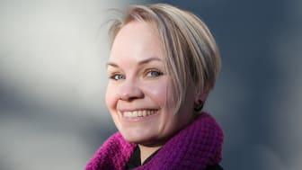 Berit Rødstøl undersøker kollektiv sorg og nedarva skuld i ny roman