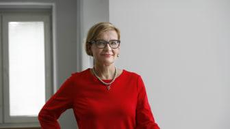 Paula Risikko korostaa kansalaisjärjestöjen roolia ihmisten pärjäämiselle. Kuva: Pirjo Mailammi