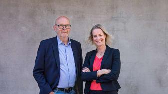 Nico Nauta och Jenny Ökvist Irwin på East Sweden Convention Bureau kan kostnadsfritt hjälpa lokala mötesägare att attrahera stora möten till regionen. Foto: Johanna Demir Photography