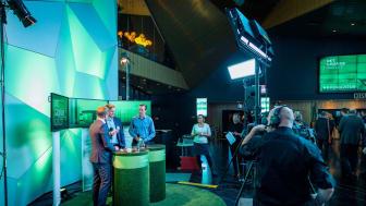 I pausene blir det direktesending fra TV-studio på konferansen (Bildet er fra fjorårets konferanse).