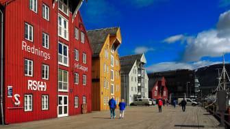 Telia Norge har nå skrudd på sine første basestasjoner med 5G i Tromsø. Foto: Ulrich Scharwächter/Pixabay