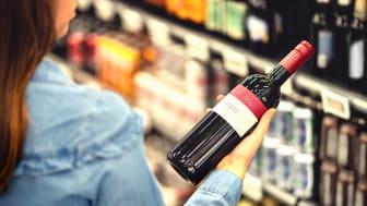 Priset avgör när svensken väljer vin