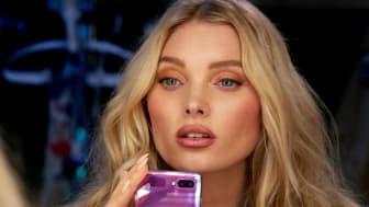 Flip it – Supermodellen Elsa Hosk ambassadör för Samsungs nya vikbara telefon_2