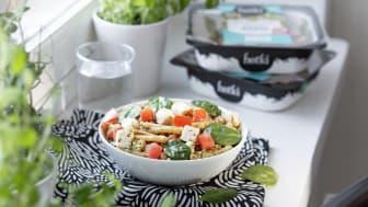 Hetki Feta-pasta on herkullinen valmisateria tuoreilla kasviksilla
