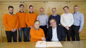 Johs. J. Syltern as og Fosen Vind har inngått den største anleggskontrakten noen sinne i norsk vindkraft.