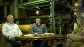 Håkan Ceder, Mikael Tiderman och Ulrika Nisser i samtal om Frövifors Pappersbruksmuseum i Bruk 2.0:s kunskapsfilm.