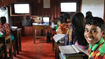 Pengarna som barnrättsorganisationen Erikshjälpen får från Världens Barn-insamlingen kommer bland annat användas till att ge fler barn i Bangladesh skolgång.