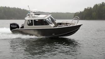 ALUKIN Sport Cabin 650, en av modellerna som visas på båtmässan i Helsingfors i februari.