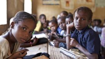 Mer insatser krävs för de fattigaste barnen