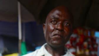 Norske tørrfiskhoder på marked i Gabon