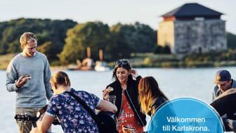 Visit Karlskronas besöksguide kan beställas kostnadsfritt på visitkarlskrona.se.