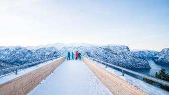 Utsikten fra Stegastein utsiktspunkt er en av 12 gode grunner til å besøke Flåm