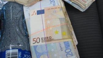 Euros seized from car - NI 04 16