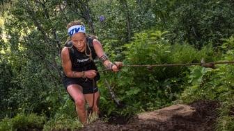 Yoie Bohlin fick sin efterlängtade första seger genom att vara snabbaste dam upp till Åreskutans topp i tredje upplagan av Peak Performance Vertical K