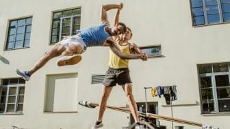 Akrobatik och nycirkus med Soon Circus Company på Vara Konserthus