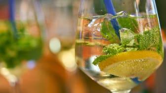 Ansök om serveringstillstånd för sommaren senast sista april.   Foto: pixabay.com
