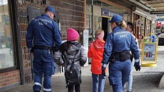 Mobila ordningsvakter arbetar för ett tryggare och säkrare Stockholm.