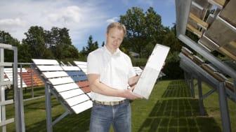 Morten Eliassen, leder for testavdelingen i Jotun på et av Jotuns testfelt